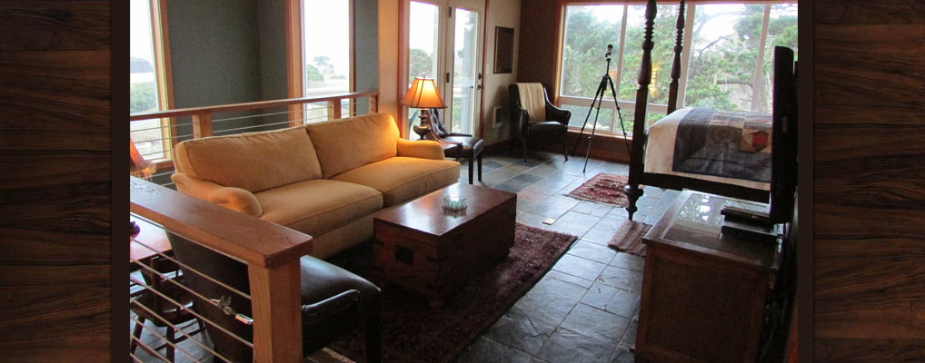Bandon-Escape-Beach-House-Rental-sitting-area